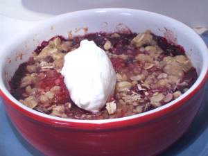 guilt-free berry cobbler on WannabeTVchef.com