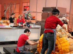 HalloweenWars 300x225 Food Network Haunts October With New Series 'Halloween Wars'